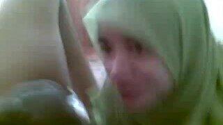 indonesian hijab blowjob